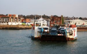 Cowes floating bridge full service resumes tonight (Thursday)