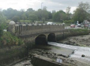 Wootton Bridge has temporary traffic restrictions in place